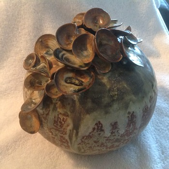 Ceramic pottery studio Ball Vase with appliqués - Pottery