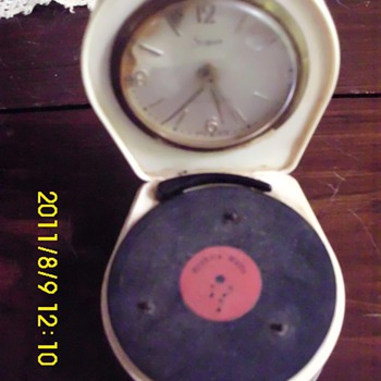 Clock/Record player - Clocks