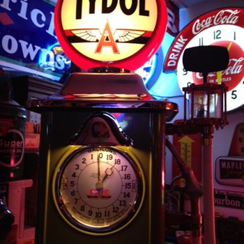 1930's Erie Clock Face Gas Pump...Tydol Theme - Petroliana