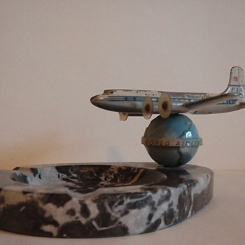 Pan Am Airplane Ashtray - Tobacciana