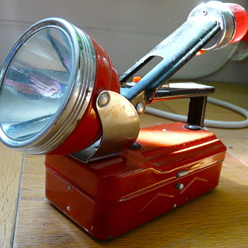 Old red flashlight with emergency red/strobe light - Tools and Hardware