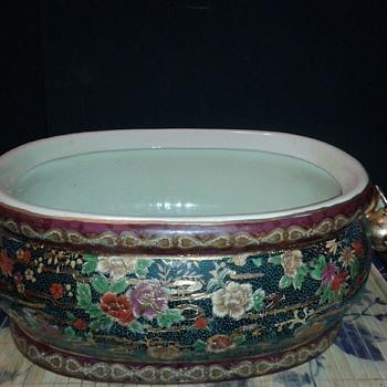 Vintage Chinese Porcelain Foot Bath - Asian