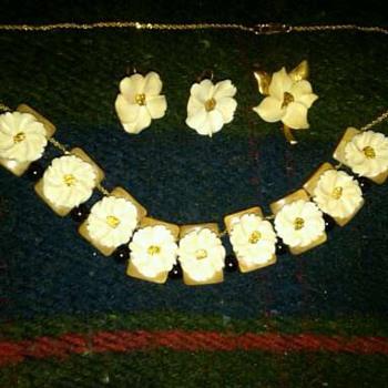 Alaska necklace
