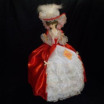 Miss Rosa Musical Doll