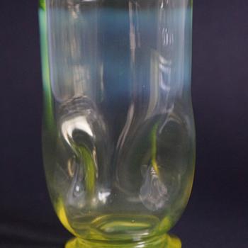 Straw Opal Tumbler - Glassware