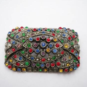 Sparkly Little Nemo Brooch - Costume Jewelry