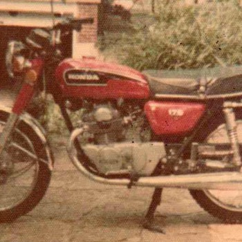 1972 - Honda CB175cc Motorcycle - Photographs