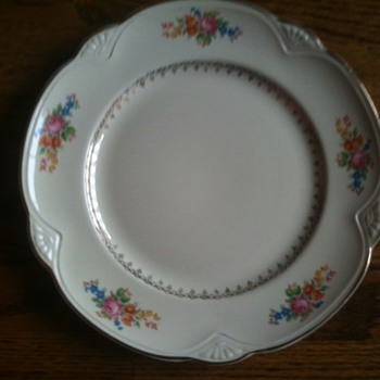 What is this? - China and Dinnerware