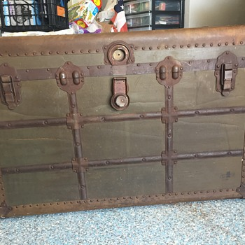 Mystery Trunk - Furniture