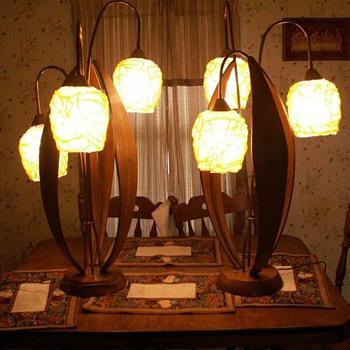 1960's table lamp lucite spaghetti globe - Lamps