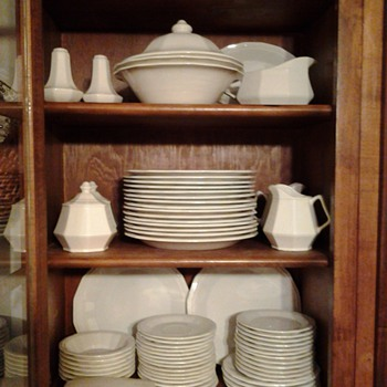 Designer Group White Dover, Homer Laughlin stoneware - China and Dinnerware