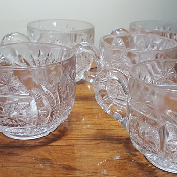 Set of 5 Coffee/Punch Cups - Glassware