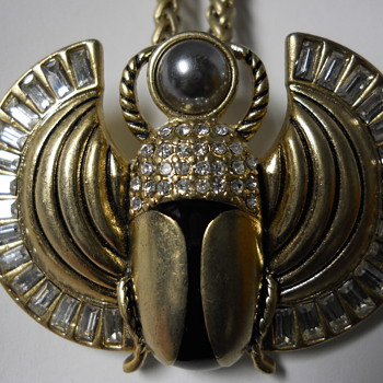 Lia sophia artifact Scarab Necklace/Brooch, Beetween 1990-2018 - Costume Jewelry