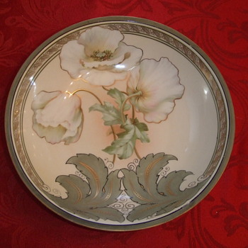 RS Germany Flower bowl with Hunter Green leaves and trim - China and Dinnerware