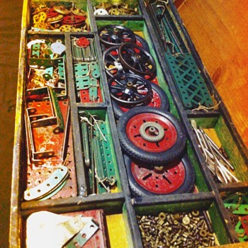 Meccano set nº 5 with original wooden box. - Toys