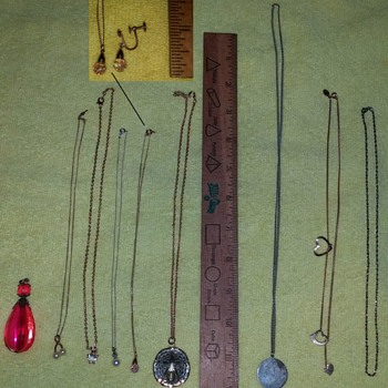 Miscellaneous Jewelry - Costume Jewelry