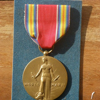 Grandfather's WWII Victory Medal, Metallic Art co. Still in the box! - Military and Wartime