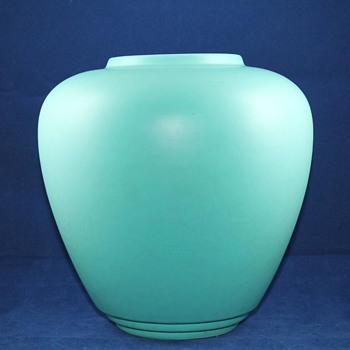 Keith Murray Vase?? - China and Dinnerware