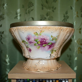 S Fielding & Co Royal Pearl pattern - Pottery