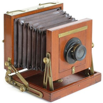 Midget Camera by Rochester Optical (c.1889 to 1902) - Cameras