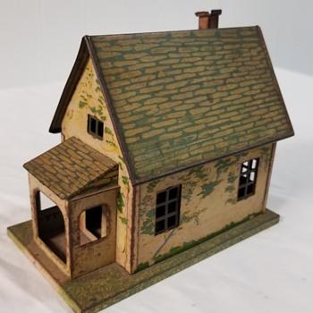 Lionel tin house - Toys