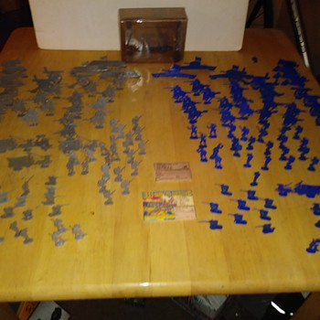 150 Civil War Soldiers complete at last - Toys