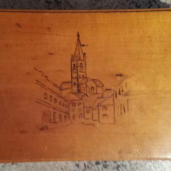 wooden cigarette box - Tobacciana