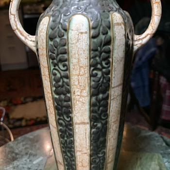 Alienware Art Pottery Vase from Czechoslovakia by Ditmar Urbach - Pottery