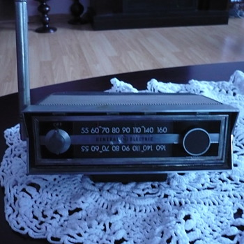 GENERAL ELECTRIC P870A TRANSISTOR RADIO