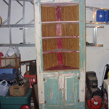 corner cupboard - Furniture