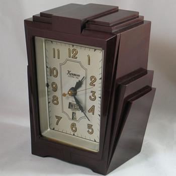 """Kenmore Model 906 """"Dowling"""" Shelf Clock"""