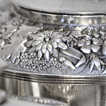 Rogers Smith Silverplated Coffee set - Silver