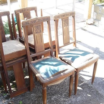 unknown dinning chairs