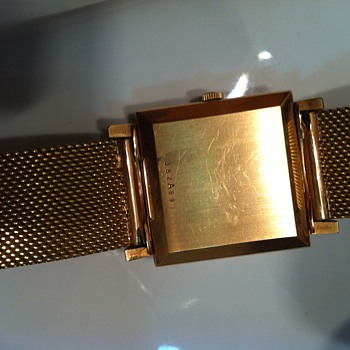 My father's Zenith De Luxe Automatic, vintage golden watch!