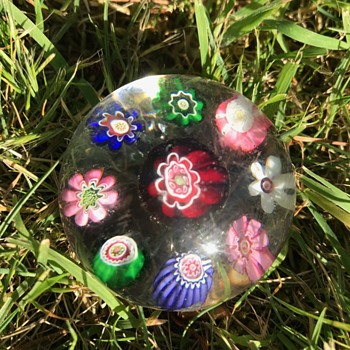 Clichy miniature spaced concentric millefiori paperweight - Art Glass