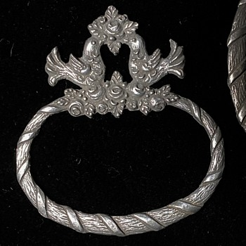 Silver? Circular things?? - Silver