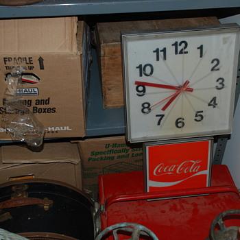 Coca Cola clock 1970's? - Coca-Cola