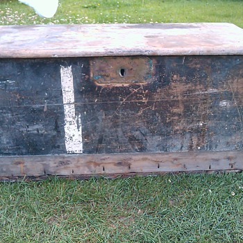 trying to identify my Antique Sea Chest - Furniture
