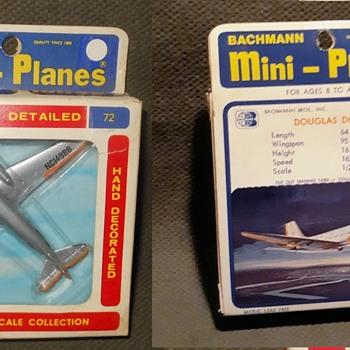 Bachmann Mini-Planes Douglas DC-3 1970s - Toys
