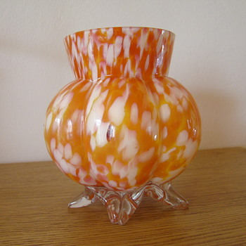 Welz six lobed footed vase - Art Glass