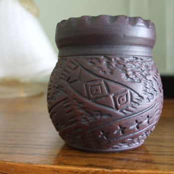 Six Nations -Mohawk- Kanyengeh Pottery- Pot/Vase by Karen Williams - Pottery