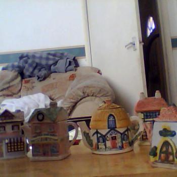 teapot cottages  - Pottery