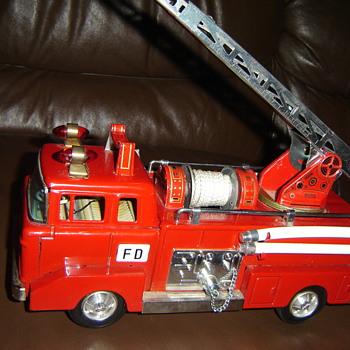 Mystery firetruck!! - Firefighting