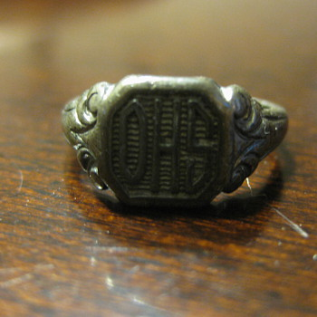 Great Grandma's Class Ring from High School - Costume Jewelry