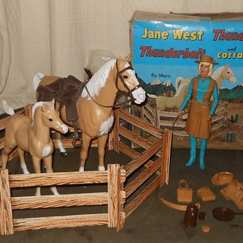 Jane West Thunderbolt Thundercolt Corral Fence Combo Set 1966 - Toys