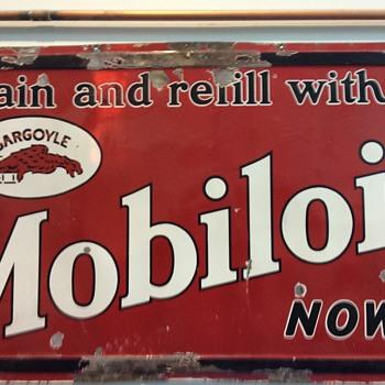Mobile oil gargoyle sign