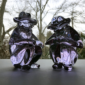 "Pair of Alexandrite ""Campesinos""  - Art Glass"