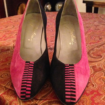 Garolini Vintage Black/Pink Suede Pumps - Size 5.5M - Shoes