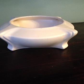 Teco Weller Early Haeger Art Deco Nouveau Pottery Bowl.  Help!  :) - Pottery