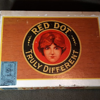 Red Dot Cigar Box Full of Rocks and Stuff  - Gemstones